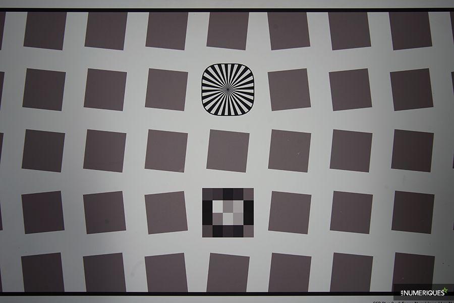 test_voigtlander_21mm_distorsion.jpg