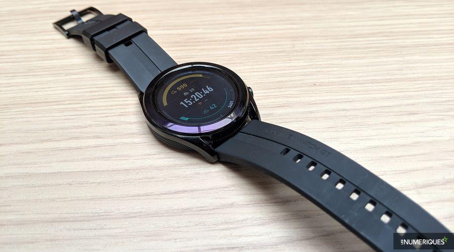 Huawei-Watch-GT-Elegant-04.jpg