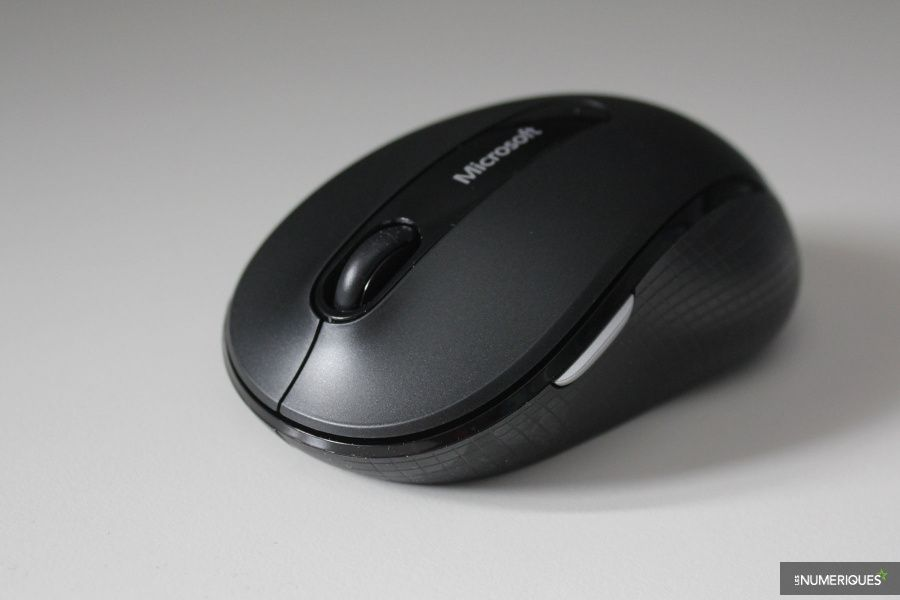 Microsoft_Wireless-Mobile-Mouse-4000_Test_01.jpg