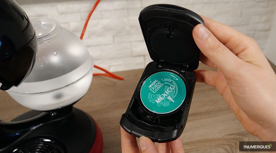 Test-Krups-Esperta-Porte-capsule-eau.jpg