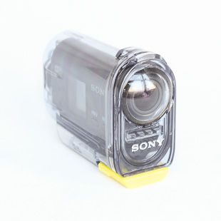 Sony HDR-AS15 dans son caisson