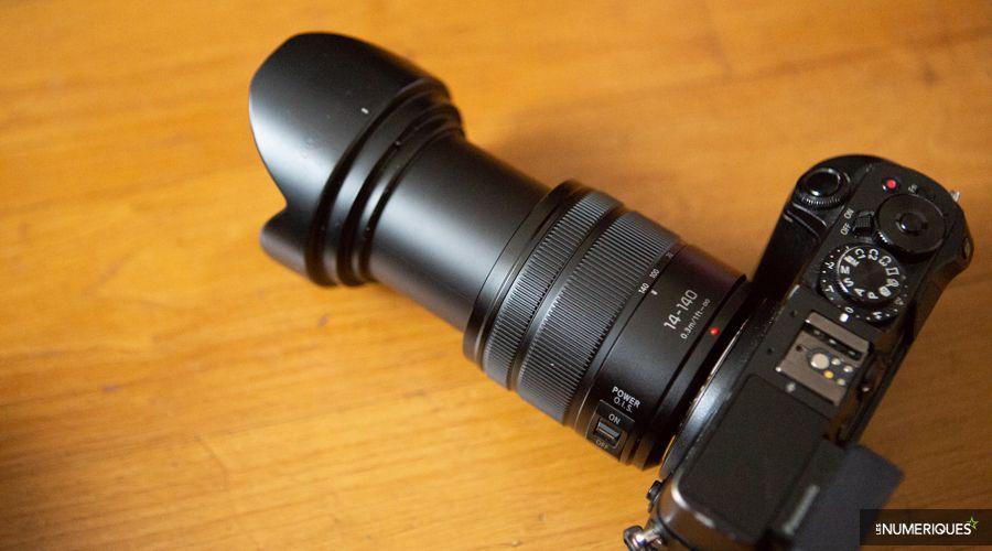 Test zoom Panasonic Lumix G Vario 14-140mm F3.5-5.6 Asph. Power OIS (version 2014), déplié avec pare-soleil