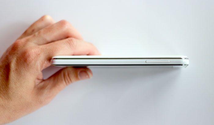 LG Optimus F5 - profil