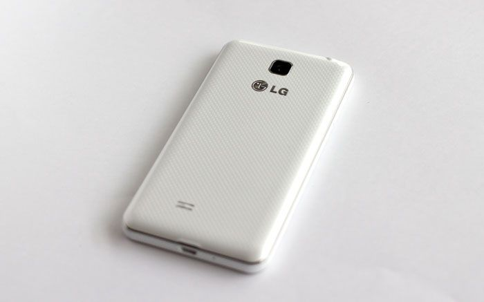 LG Optimus F5 - dos