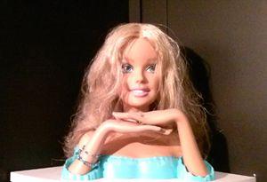 Optimus F4 - Barbie