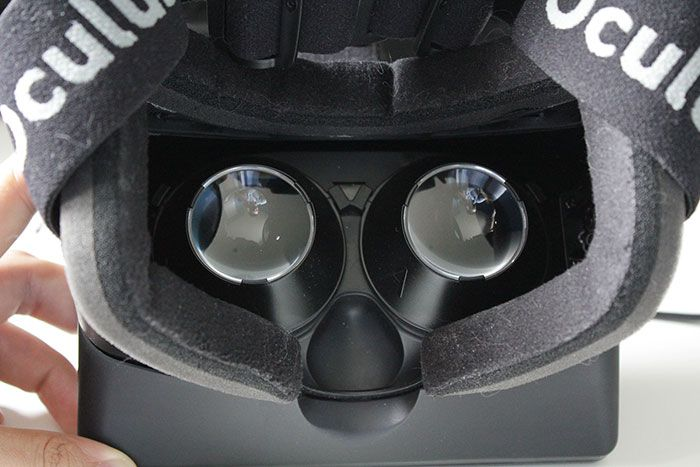 Oculus Rift Dev Kit 1 02 700px