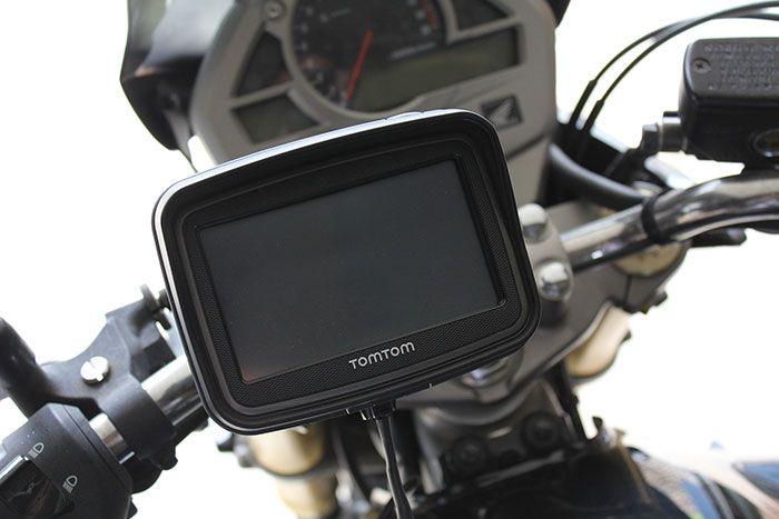 TomTom Rider 2013 Installation Moto 03 700px