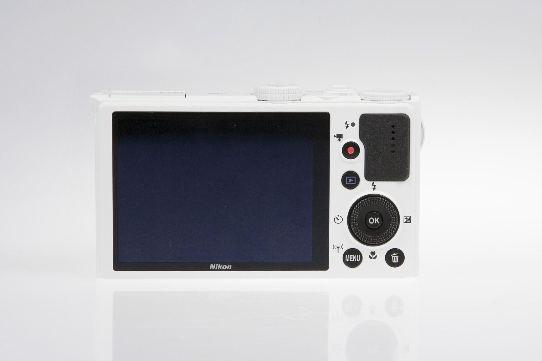 NikonP340 650