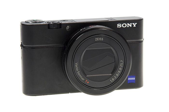 Sony RX100 Mark III trois quart