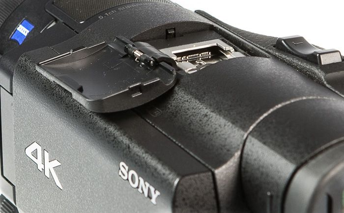 Sony FDR-AX100 test review griffe porte accessoire