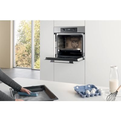 Miele H 2265 B : le four qui assure le service minimum