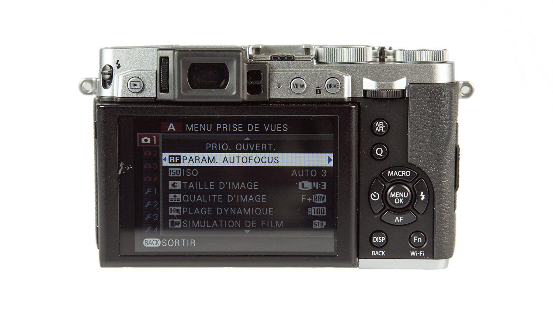 FujifilmX30 Back LesNumeriques