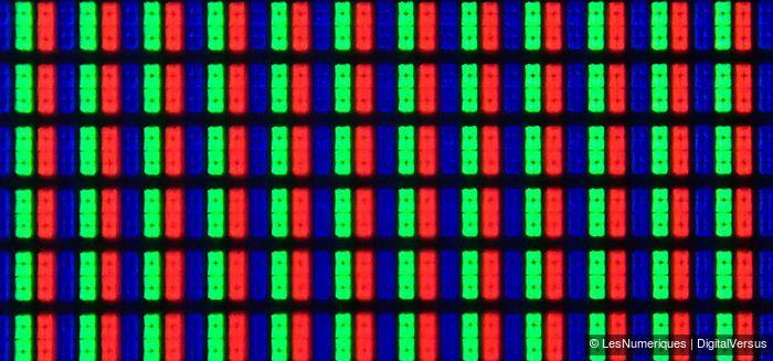 LG 40UB800V sous pixels