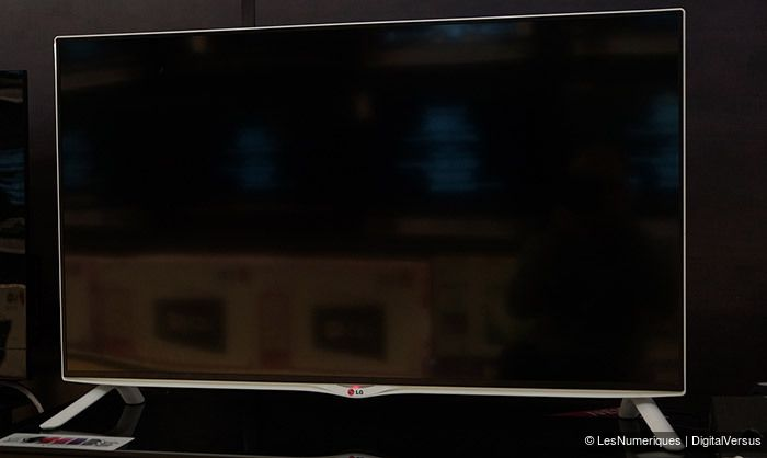 LG 40UB800V vue