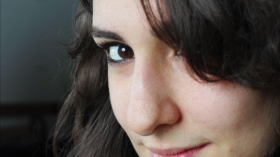 Portrait 2 900px