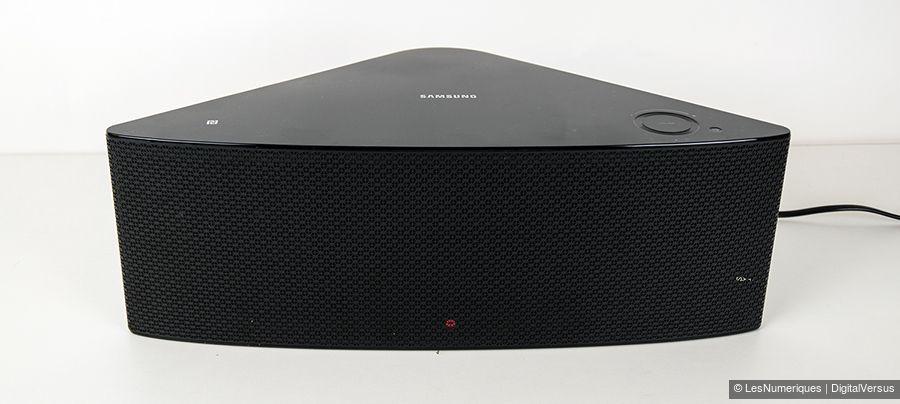 SamsungWAM550faceM