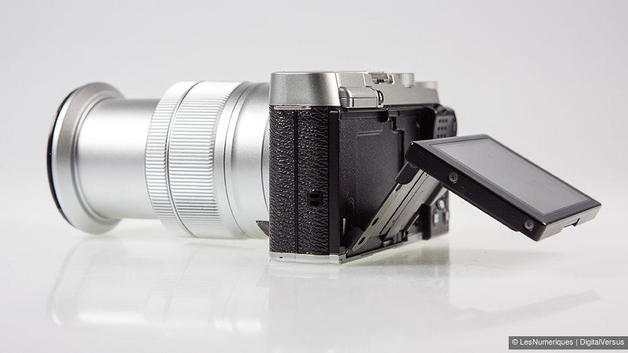 Fujifilm_X-A2_ecran_orientable_zoom.jpg