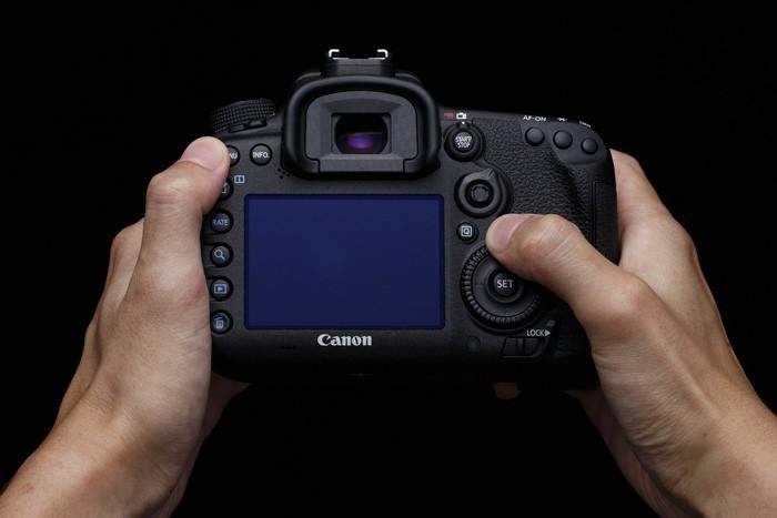 Canon eos 7d mark ii test complet appareil photo - Boulanger appareil photo numerique ...