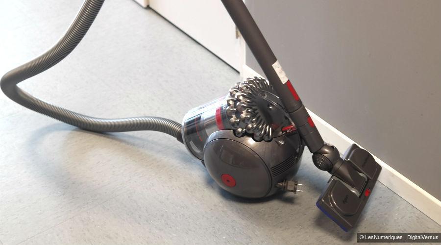 solde aspirateur dyson test dyson v absolute sans fil absolu soldes u aspirateur sans sac dirt. Black Bedroom Furniture Sets. Home Design Ideas