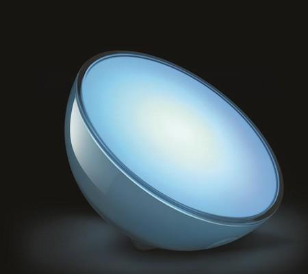 Philips Hue Go Une Lampe Connectee Sans Fil A Emporter Partout