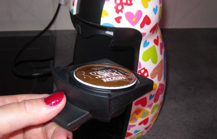 krups dolce gusto piccolo test complet cafeti re capsule dosette le. Black Bedroom Furniture Sets. Home Design Ideas
